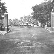 Image of Entrance to Blanchette Park - Thomas J. Campbell Collection
