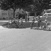 "Image of California, Bike / Trike Rodeo 2 - ""Bike / Trike Regatta on Via Pinale - March of Dimes fund - Organized by Sally Salo - 1948"""