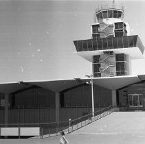"Image of California Airport, Tower 2 - ""1947 - Oakland, Calif - Airport tower"""