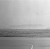 """Image of California Airport, Runways - """"1947 - Oakland airport"""""""