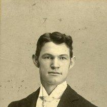 "Image of Portrait - Kincaid, O.O. - ""O.O. Kincaid - La Grande, Oregon - circa 1900 - Bookkeeper for La Grande National Bank and Secretary for La Grande B. & L. Assn."""