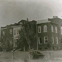 "Image of Union County Court House - ""Union County Courthouse, La Grande, Oregon - circa early 1920's"""
