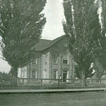 """Image of Union County Courthouse - """"Union County Courthouse, 1912 - The town of Union wrestled the county seat away from La Grande in 1874, and a new courthouse was built (above).  It was the center of county business until 1904 when La Grande regained control.  Later, this building was wrecked to make room for a school house."""""""