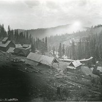 "Image of Baker, Columbia Mine - ""Columbia Mines and Mills - circa 1901-1903.  [Baker County, Sumpter, Oregon area]  Golconda Mills and Mines is located in the background on the opposite, facing hillside."""