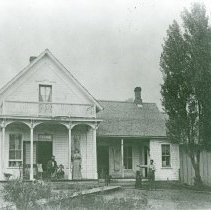 """Image of Elgin Home, Galloway 1 - """"J.T. Galloway residence - Poplar Loaf Farm.  3 miles NW of Elgin, Ore. - circa 1895-96.  J.T., F.T., E.A., 'Bruin,' J.W."""""""