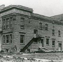 "Image of Elgin, City Hall 2 - ""No. 2 City Hall & Opera House, Elgin, Ore."""