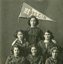 "Image of Elgin, HS Girls' Basketball Team - ""Elgin Girls' Basketball Team - Elgin High School - 1912"""