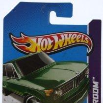 Image of Hotwheels 1:64 scale BMW 2002 Green