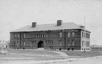 Image of Wilson School Building - PH 168-B