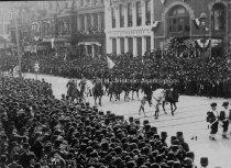 Image of Amoskeag Veterans parading in New York - April 1889 - 1948.033.001-B