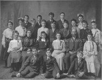 Image of Photograph of Franklin Street Graduation Class 1906. - 1955.043.011