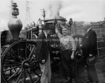 Image of Ashland No. 1 Amoskeag Steam Fire Engine with Walter Morse; Jim Filleul; and Norwin S. Bean - 1949 - 1960.005.019