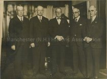 Image of Politicians - Manchester, NH - 1960.012.003