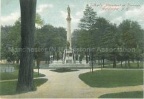 Image of Postcard, Soldier's Monument at Common, Manchester, N.H. - 1970.086.003