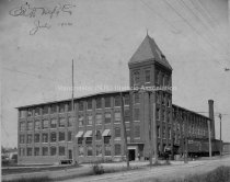 Image of Elliott Manufacturing Company Corner Valley and Wilson Streets - 1902. - 1975.009.054