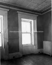 Image of Interior View of Richard Ayer House/ Girls Club, Corner Chestnut and Central Streets - 1977.013.003