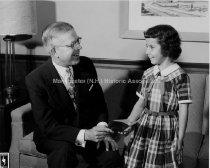 Image of Portrait—Ralph McIninch Presenting a Bank Book Award, 33 Mechanic Street - 1955 - 1977.146.001