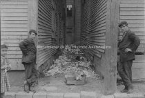 Image of Board of Health—Lake Avenue Alley - 1908 - 1982.066.066