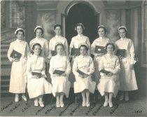 Image of Notre Dame School of Nursing Class of 1935 - 1983.100.034