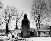 Image of Moxie Bottle House, Come Street or Pond Drive - 1990-040L-001