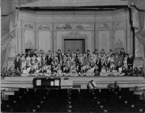 Image of Group Portrait— Manchester Opera Company - 2000.500.005
