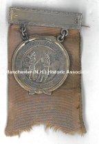 Image of Amoskeag Veterans Badge - 2001.019.001