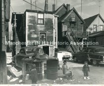 Image of Houses on the rear of Laurel Street - 2002.L058.008