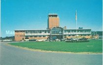 Image of Postcard, Manchester Municipal Airport, Grenier Field, Manchester, N.H. - 2012.514.014