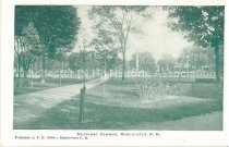 Image of Postcard, Merrimac Common, Manchester, N.H. - 2012.514.047