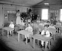 Image of Kindergarten Classroom  - circa 1922 - 76-043-028