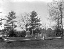 Image of Burial Place of General John Stark - 77-p015-038