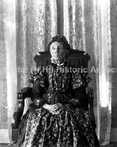 Image of Portrait of a seated woman - 80-P034-072