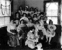 Image of Calumet Club Group of Girls - MHAGN 064b
