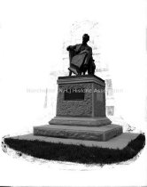 Image of Lincoln Statue, Central High School - MHAGN 262