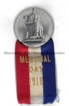 Image of Lincoln Statue Badge - Memorial Day 1910 - 2016.082.001