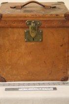 Image of Louis Vuitton Hatbox