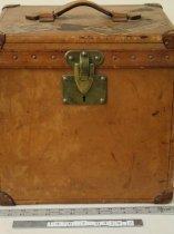 Image of Hatbox -