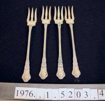Image of Oyster fork, Gorham Baronial Pattern