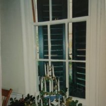 Image of 4022 - Hays House interior decorated for Christmas circa 1988 and 1992