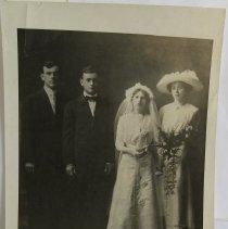 Image of 3958 - 1900 Wedding