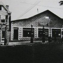 Image of 2856 - Lees Garage c. 1924
