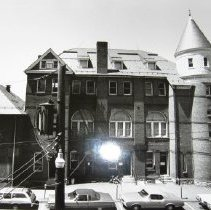Image of 1036 - Bel Air Courthouse, rear view, Wall Street, circa 1970