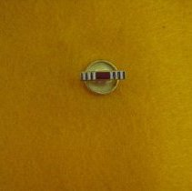 Image of 2013.4.043 - Pin, Military