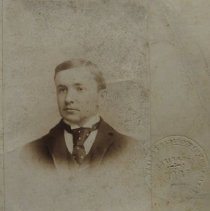 Image of 1452 - John Silver Hughes - HSHC organizer. Signed note by John Silver Hughes on the reverse.