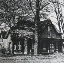 Image of 1558 - Tudor Hall.