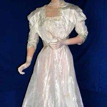 Image of 1991.010.013a - Dress, Wedding