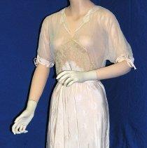 Image of 2001.002.002a - Dress