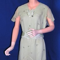 Image of 2001.002.003a - Dress