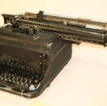 Image of Angular view of front of Remington typewriter