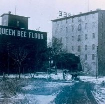 Image of Queen Bee exterior, n.d.